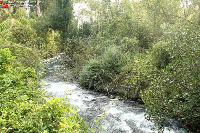 الجولان مناظر خلابة و خزان للمياه  I-tel-dan-11